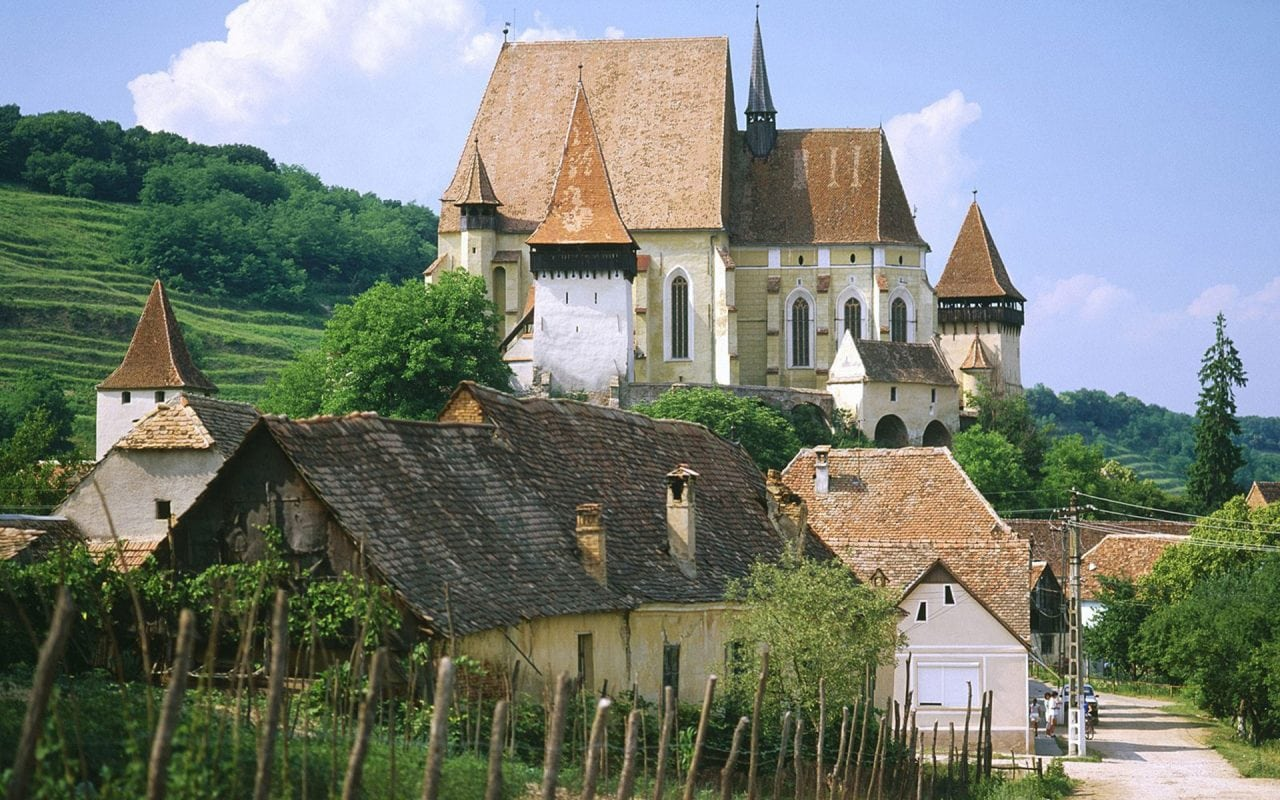 statistica INS Transilvania - Numarul de locuinte terminate a crescut cu 23% in primul semestru, cel mai mare avans fiind inregistrat in Transilvania