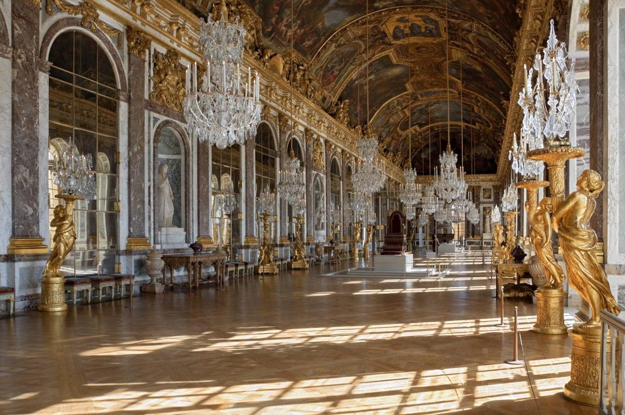 Chateau_Versailles_Galerie_des_Glaces