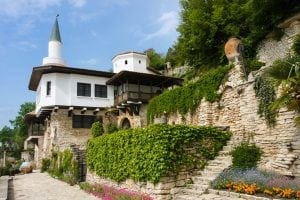balchik castel 300x200 - Second homes... prin vecini