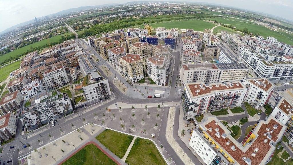 """cartier aspern din viena 1024x576 - Românii fac primii pași spre dezvoltarea """"smart"""""""
