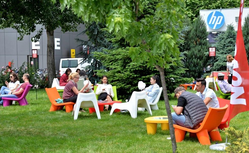 NovoPark 2 - Novo Park a investit in WiFi gratuit si mobilier de relaxare pentru angajați