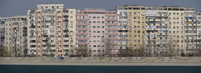 'apartamente'