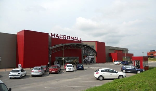 macromall brasov - Primul mall din Brașov, cumpărat de grecii de la Jumbo