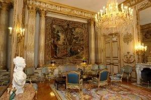 salon pompadour elysees paris zigzag 300x199 - DES GAMINS DE QUARTIER CROIX ROUGE VISITENT LE PALAIS DE L'ELYSEE