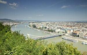 ungaria 300x189 - Danube panorama in Budapest