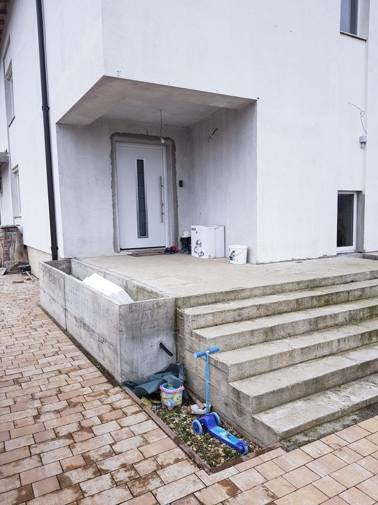 20180218 132008 768x1024 - Remodelarea, o soluție posibilă pentru salvarea caselor