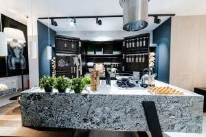 Eveniment Delta Studio weareluxury bucatarie Gamadecor Porcelanosa Kitchens 2 300x200 - GALERIE FOTO: Delta Studio expune cele mai noi colecții de mobilier italian și spaniol, lansate la Salone del Mobile Milano 2018