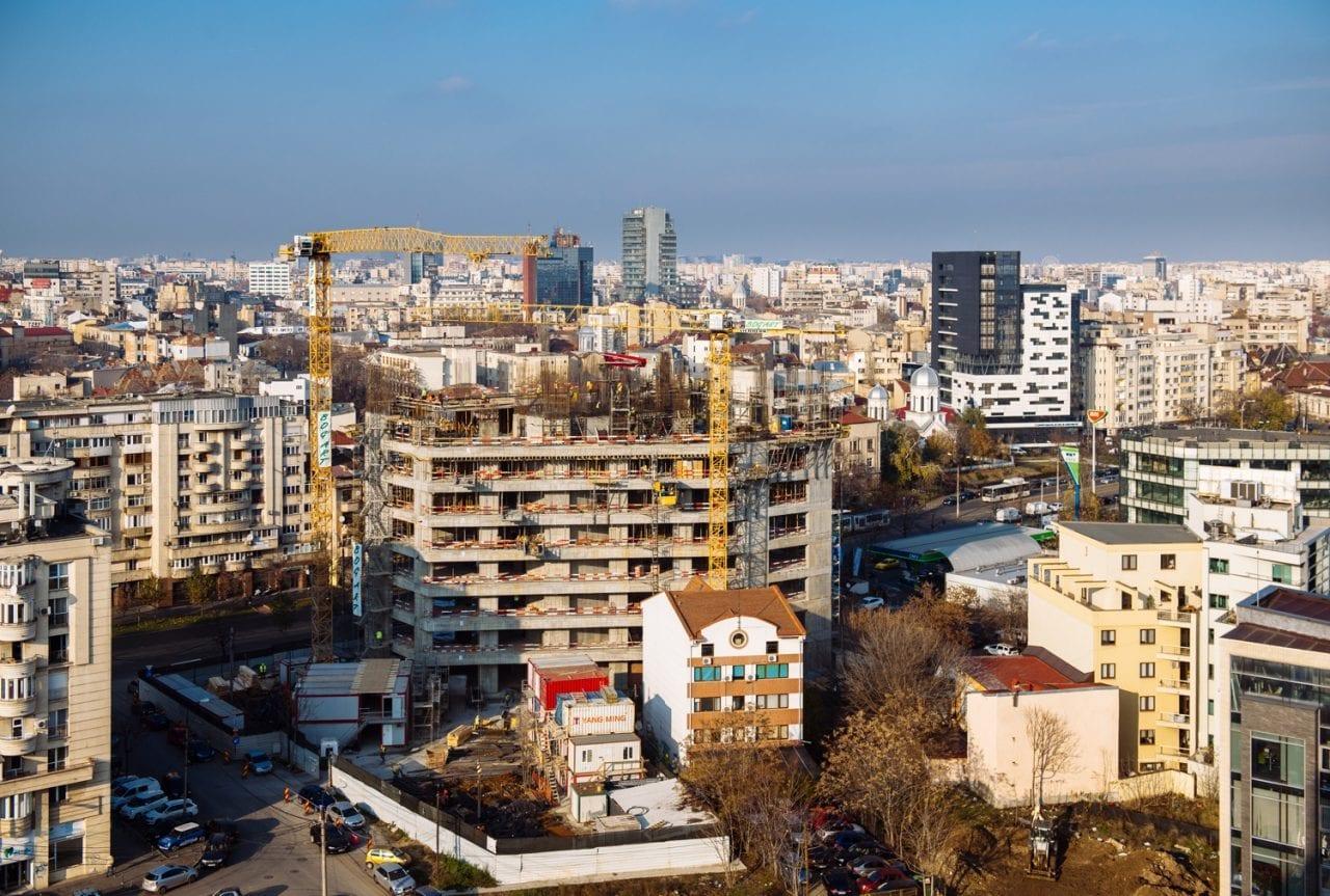 santier unirii - INS: Lucrările de construcție, scădere de 1,6% în octombrie