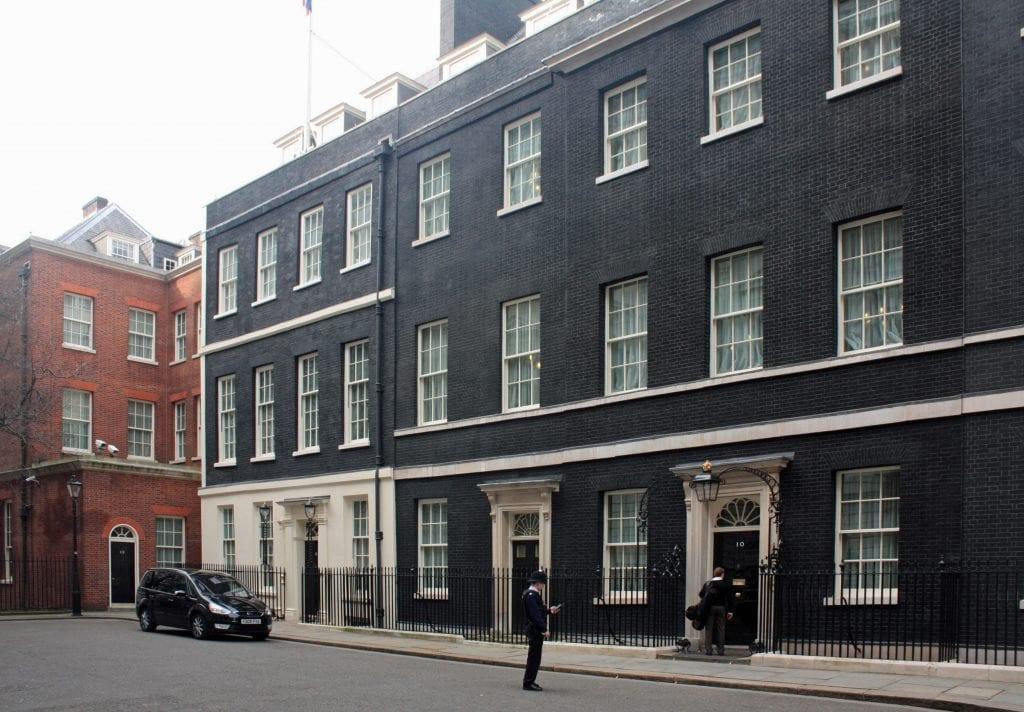 10 Downing Street 2010 autor robertsharp 1024x712 - Secretele Palatelor: 10 Downing Street