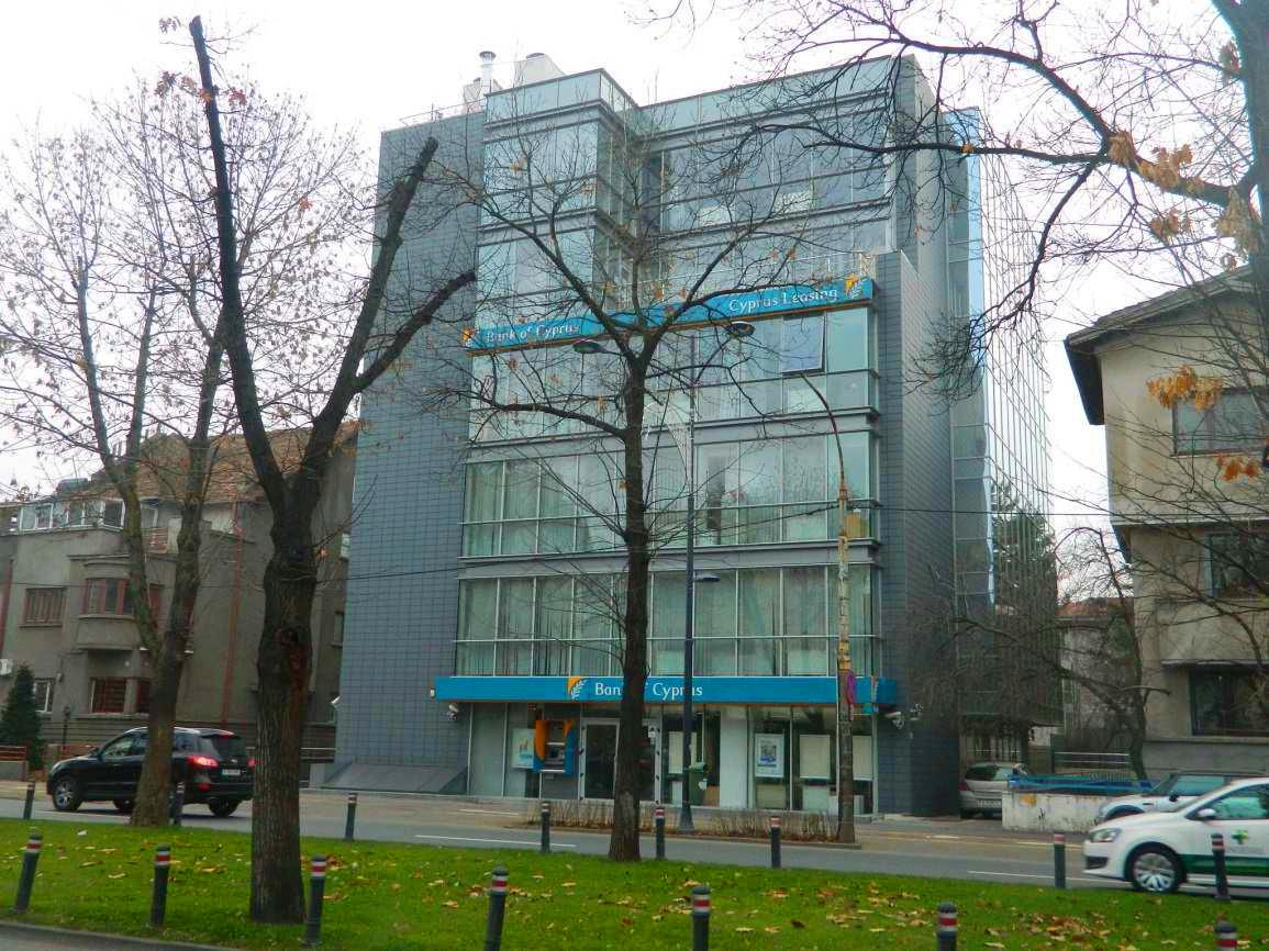 Bank of Cyprus 0 - Ex-sediul Bank of Cyprus România, vândut de SIF Banat Crișana