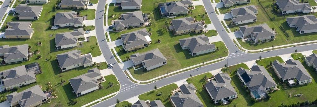 4 Proiect de valoare medie 1024x348 - Vânzarea de parcele și vile în sate noi, o afacere prea rară în România
