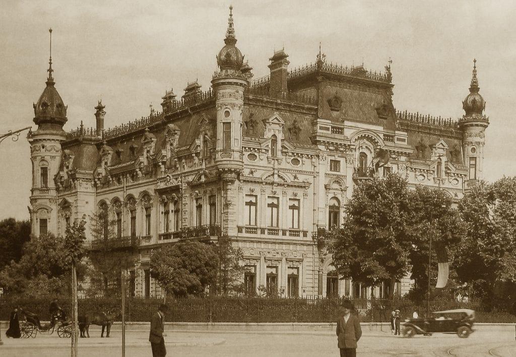 5 Palat demolat 1024x708 - Calea Victoriei, o poveste a inovațiilor urbanistice