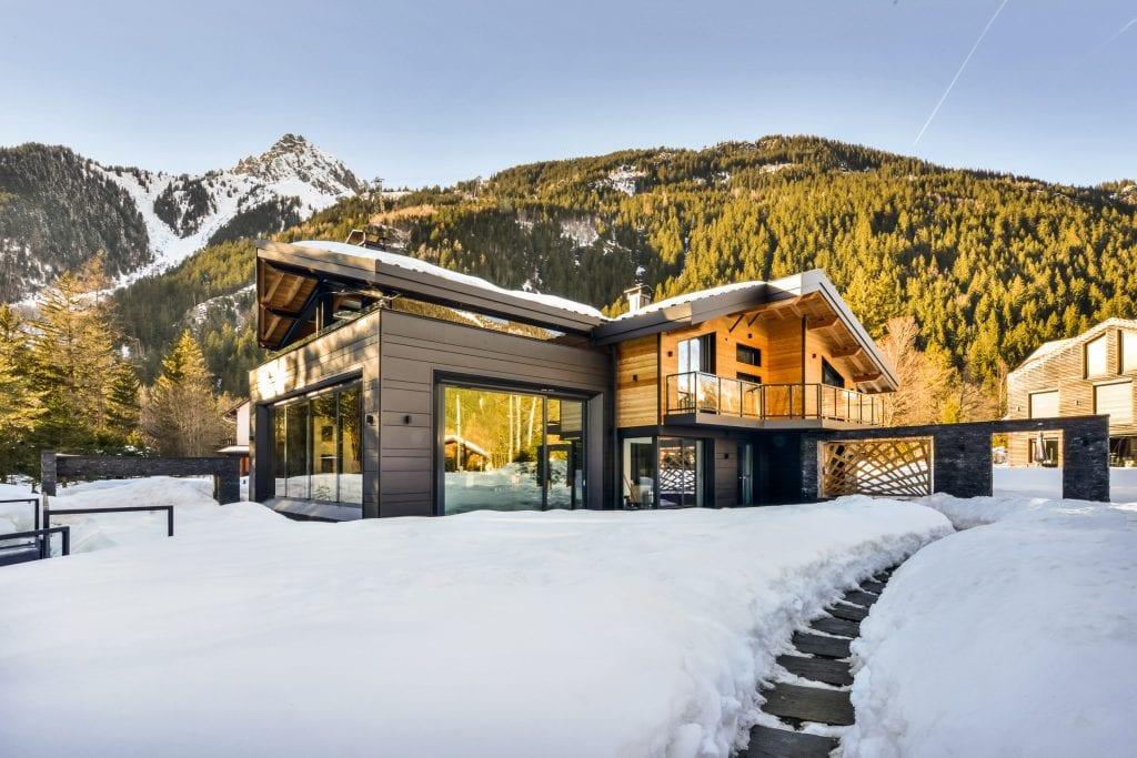FrenchAlps Chaletdalmore 01 1024x683 - Analiză Real Estate: Investițiile în case de vacanță, o nișă pe piața imobiliară