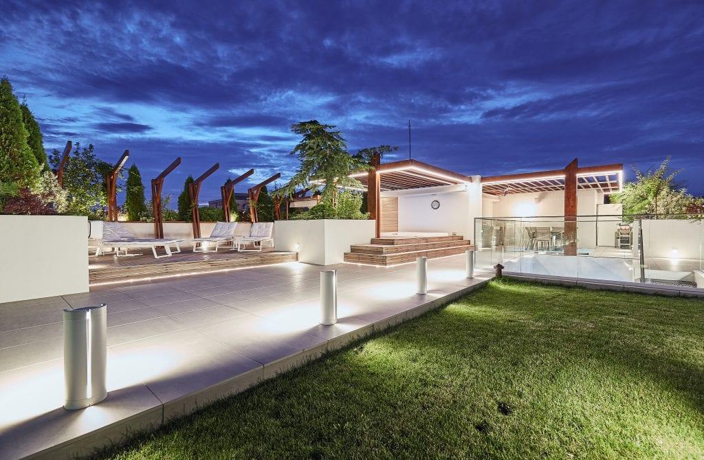 IMG 2156 1024x670 - GALERIE FOTO: Un penthouse ce oferă experiențe vizuale și tactile cu totul speciale