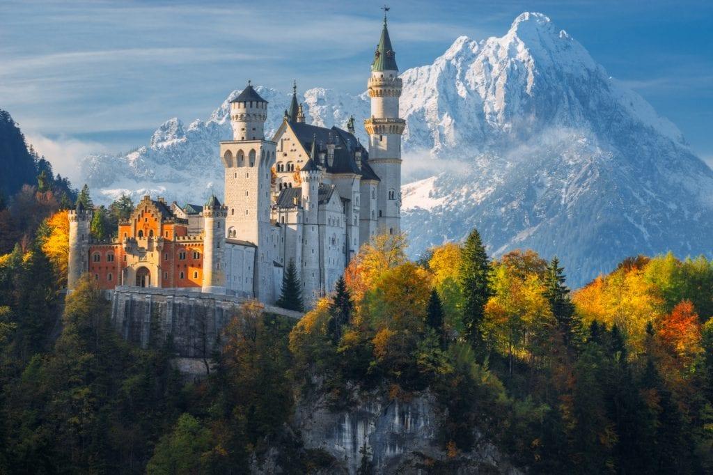 Naumenko Aleksandr   Main 1024x682 - Secretele Palatelor: Castelul Neuschwanstein – visul unui rege, transformat într-un loc de poveste