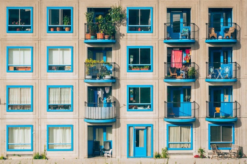 apartments 1845884 1024x680 - Analiză: Principalele orașe din România, ritm moderat de creștere a prețurilor apartamentelor în 2019