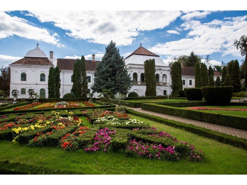 jibou 155  - Nișă imobiliară în România: Castele sau palate, cu prețuri de pornire de peste jumătate de milion de euro