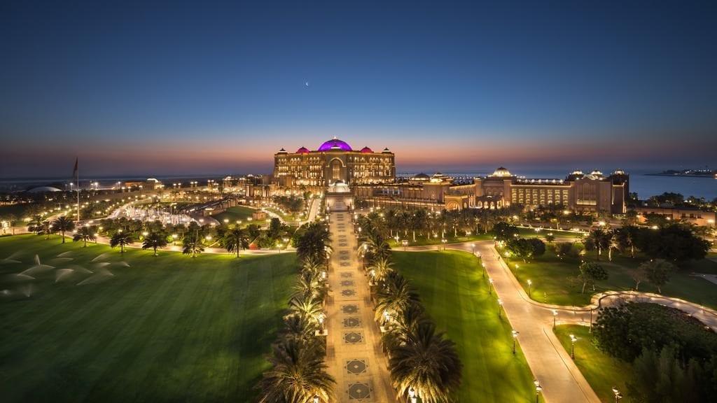 104682208 1024x576 - Top: Cele mai luxoase hoteluri din lume