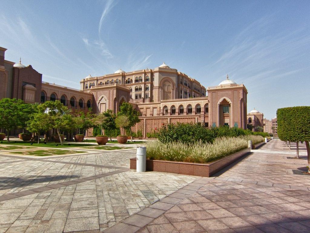 14290763222 956c5538fa b 1024x768 - Top: Cele mai luxoase hoteluri din lume