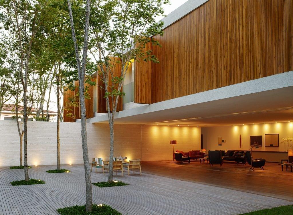 1 lujo casa brasil 1024x751 - Second Homes: Cele mai bune locuri din străinătate de achiziţionat a doua casă