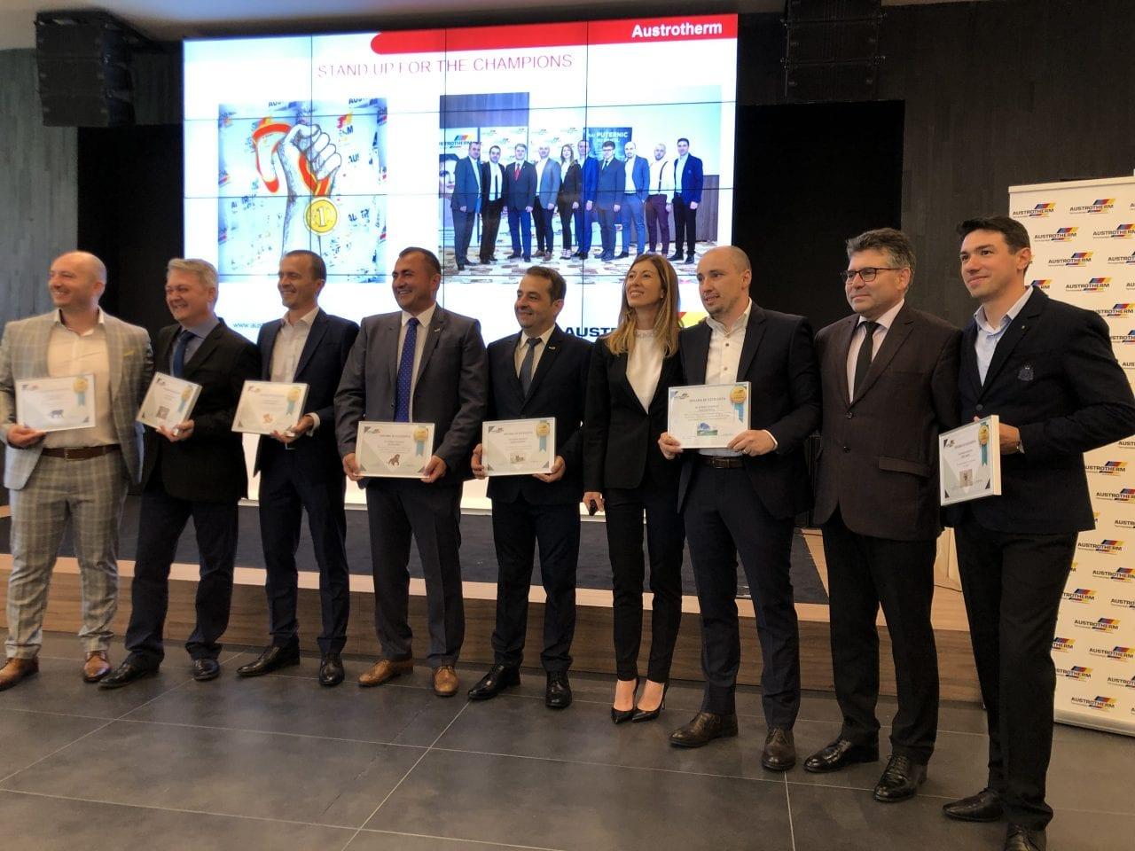 Echipa Austrotherm Romania - Austrotherm celebrează 20 de ani de activitate în România