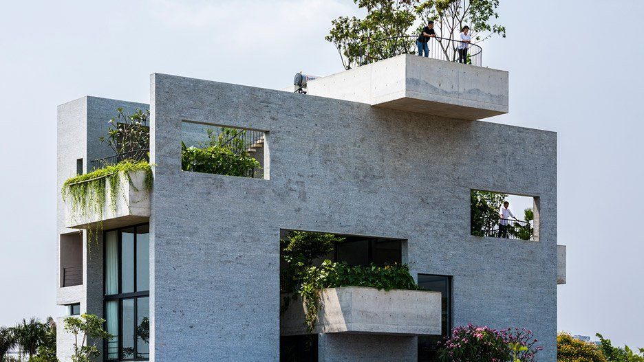Vo Trong Nghia Architects House of trees - Unconventional Homes: Case din beton cu design neașteptat