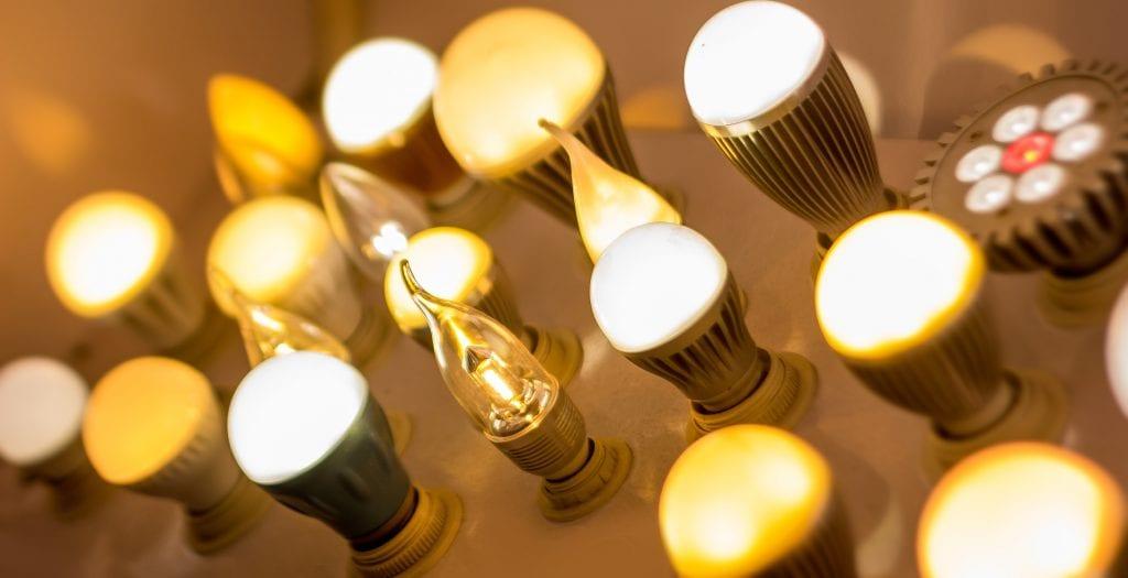 """dreamstimemaximum 34512798 1024x525 - Interviu. Paul Schintee, administrator GoLED!: """"Iluminatul cu surse LED, recomandat oriunde este necesar iluminatul artificial"""""""