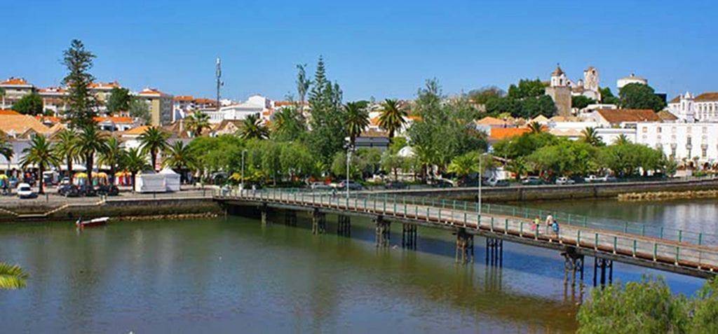 tavira algarve 1024x477 - Second Homes: Cele mai bune locuri din străinătate de achiziţionat a doua casă
