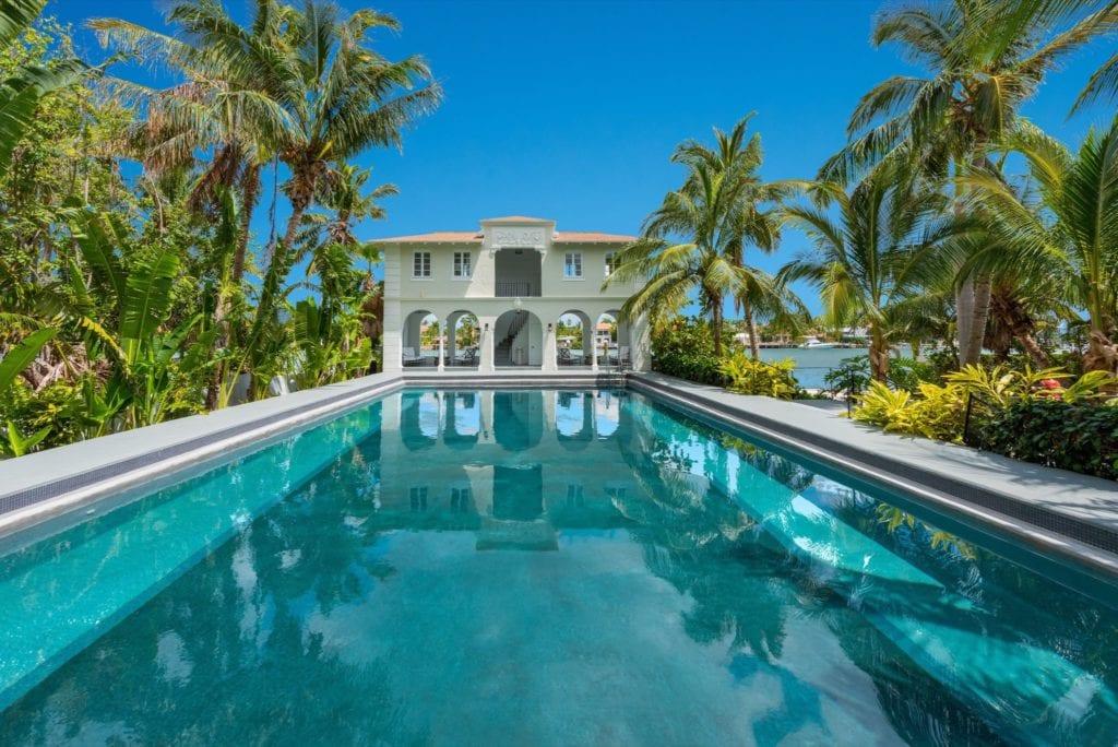 93 palm ave miami beach fl print 002 9 20180411 03 dsc 6776 ed 3596x2400 300dpi 1524157624 copy 1024x684 - Fosta reședință din Miami Beach a lui Al Capone, de vânzare pentru aproape 15 milioane de dolari