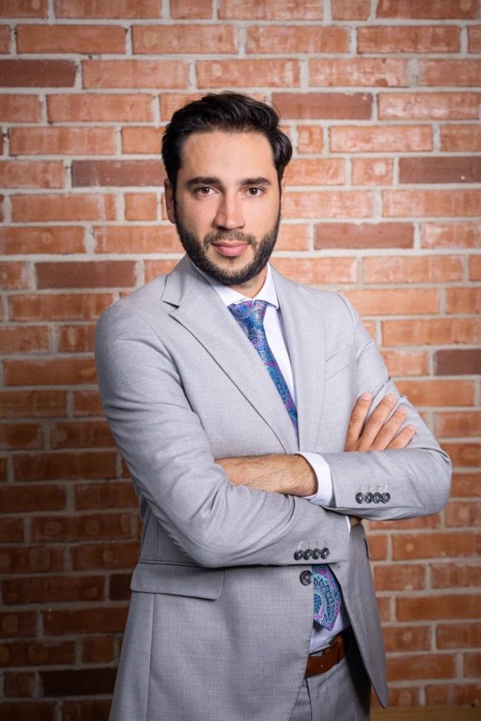 """gabriel focseneanu 1 683x1024 - Gabriel Focșeneanu, dezvoltator: """"LOFT green apartaments, curajul de a aduce ingineria verde într-un concept unic de design industrial"""""""