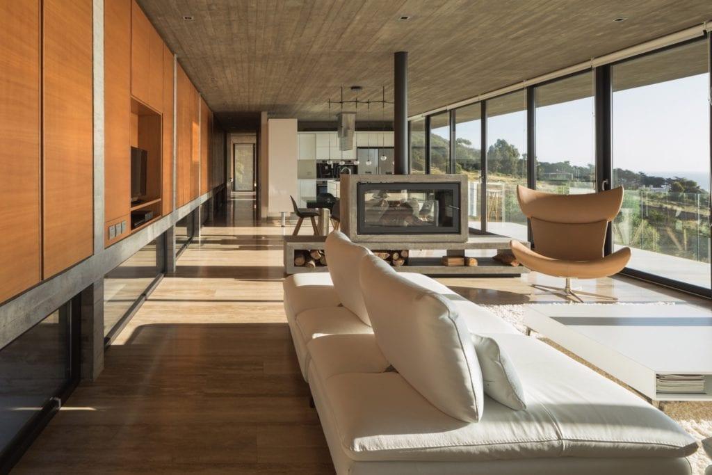house h felipe assadi arquitectos architecture house chile dezeen 2364 col 40 copy 1024x683 - Cele mai hot case ale anului 2018 (II)