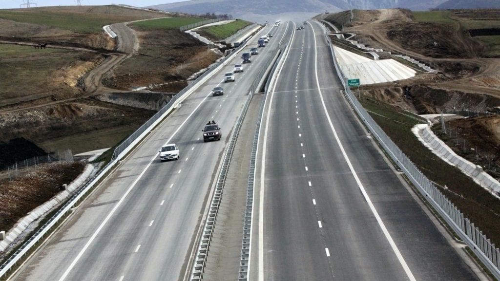 autostrada 88286000 copy 1024x577 - Autostrada Ploiești-Brașov, potențial de a genera noi poli de dezvoltare imobiliară