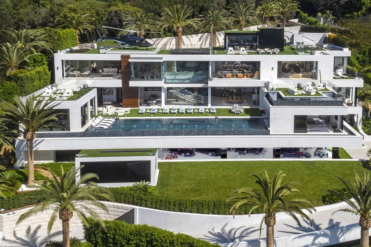 billionaire bel air - Cea mai scumpă casă din SUA s-a vândut cu o reducere de 62%