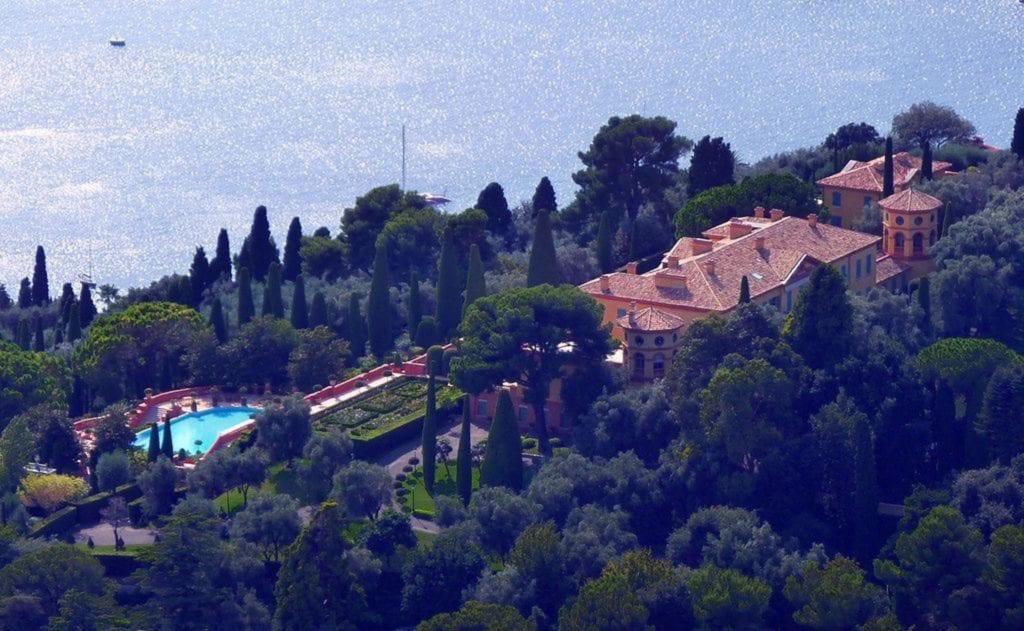 1024px Villa Leopolda Villefranche sur Mer copy 1024x631 - Cele mai scumpe proprietăți din lume – între valoare istorică și controverse
