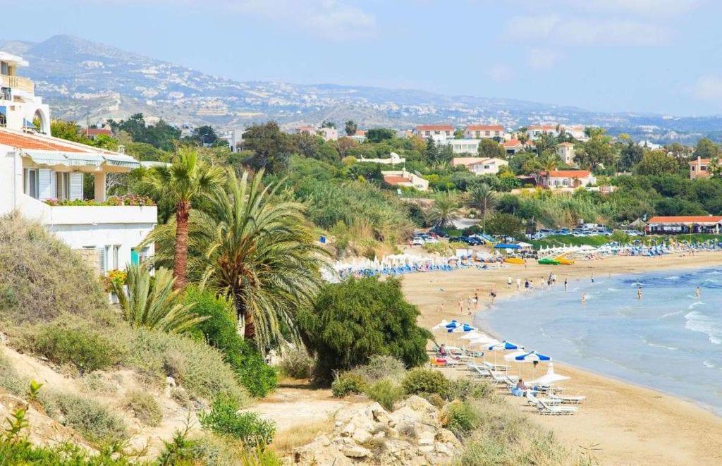 Cipru 1024x661 - Țări în care cumpărarea unei case îți aduce un nou pașaport