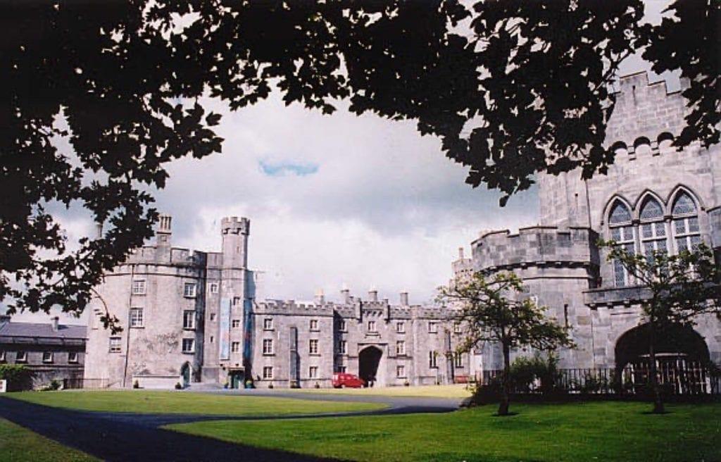 Kilkenny castle copy 1024x656 - Castelele din Irlanda şi fascinanta lor istorie