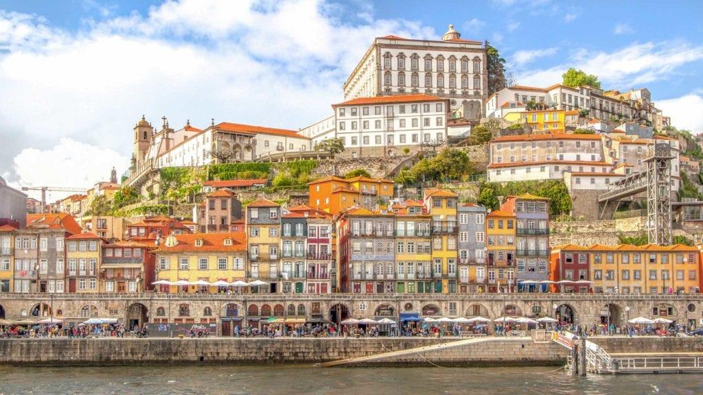 Porto 1 1024x576 - Cele mai profitabile țări pentru investit în proprietăți imobiliare (I)
