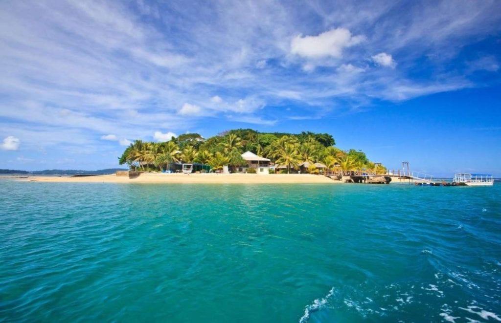 Vanuatu copy 1024x661 - Țări în care cumpărarea unei case îți aduce un nou pașaport