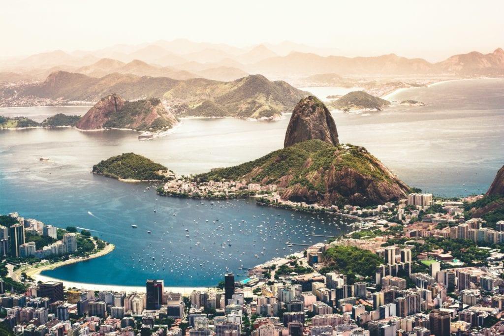 brazil copy 1024x683 - Țări în care cumpărarea unei case îți aduce un nou pașaport