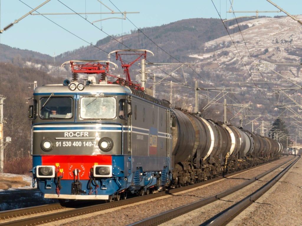 cfr marfa tren copy 1024x768 - Modernizarea infrastructurii feroviare, un factor declanșator pentru noi investiții imobiliare