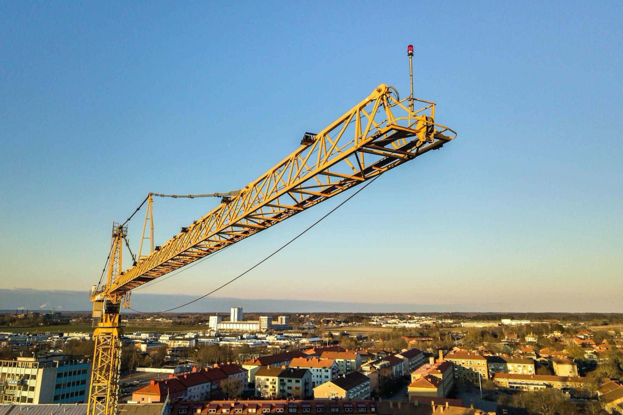 santier - Construcțiile, cel mai mic avans al costului orar cu forța de muncă în T2