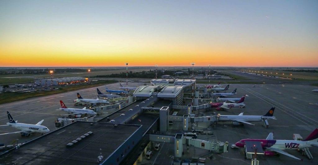 Henri Coanda Airport photo Bucharest Airports on FB copy 1024x532 - Transportul aerian de marfă, zonă cu potențial de dezvoltare semnificativ în România