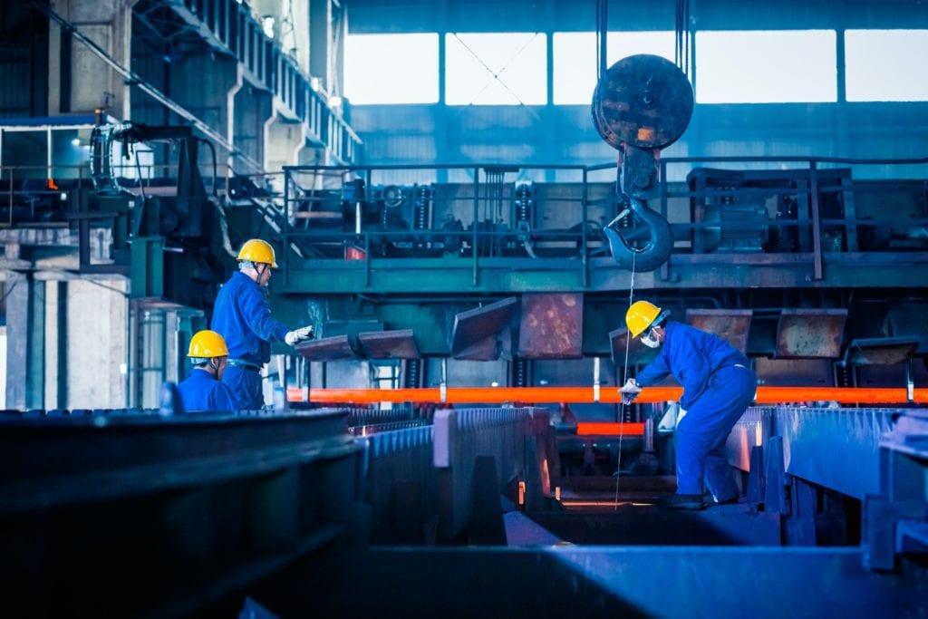 productie3 1024x683 - Investițiile în producție, dezvoltare moderată pe piața locală