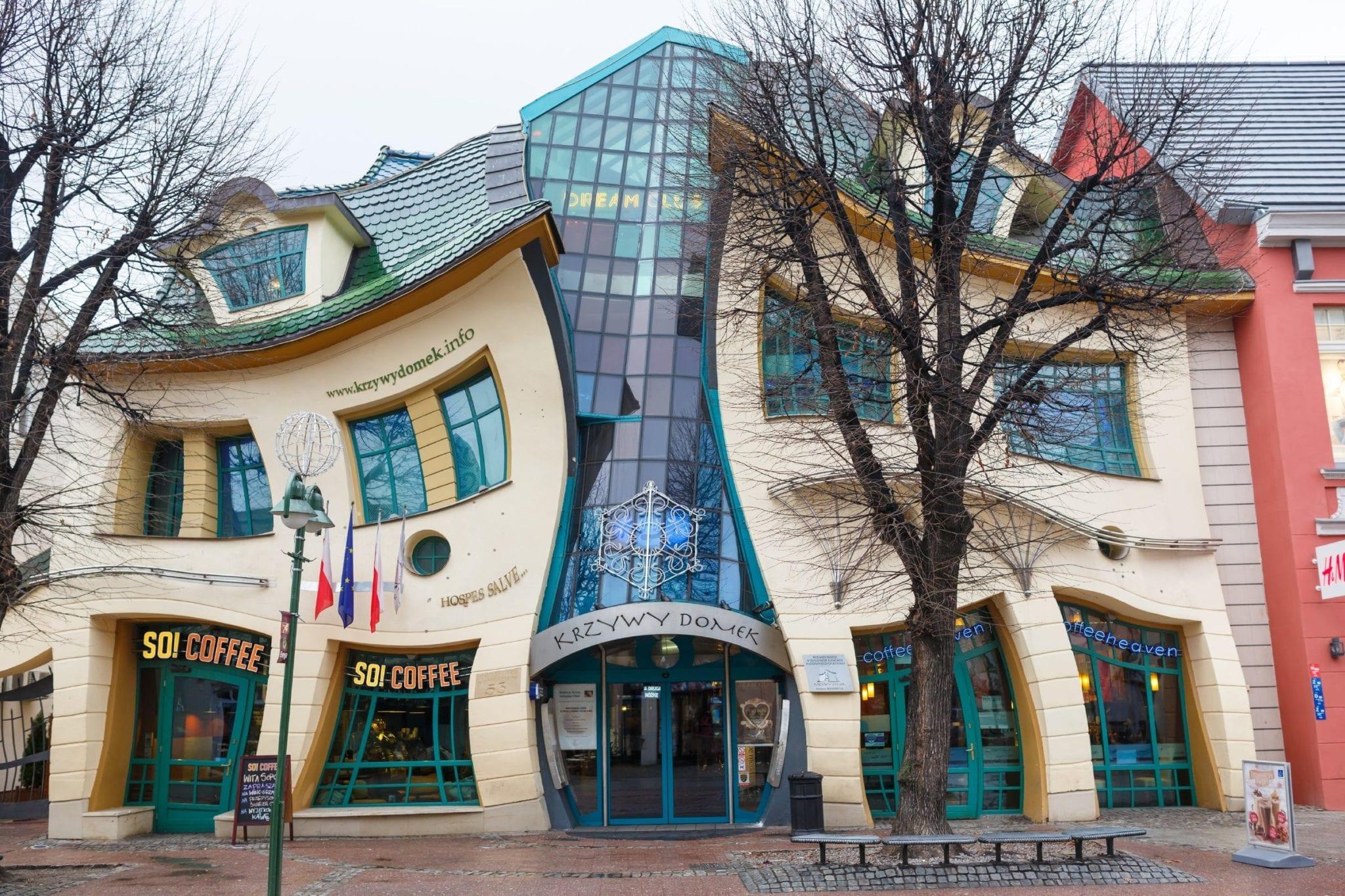 Sopot Crooked House 2 scaled - Cele mai neobișnuite construcții din Europa