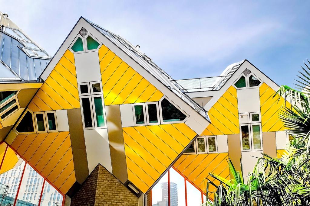 case cuburi - Cele mai neobișnuite construcții din Europa