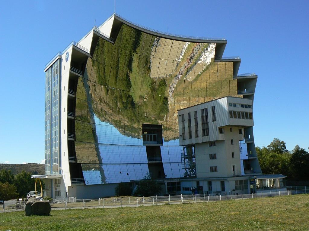 solar oven - Cele mai neobișnuite construcții din Europa