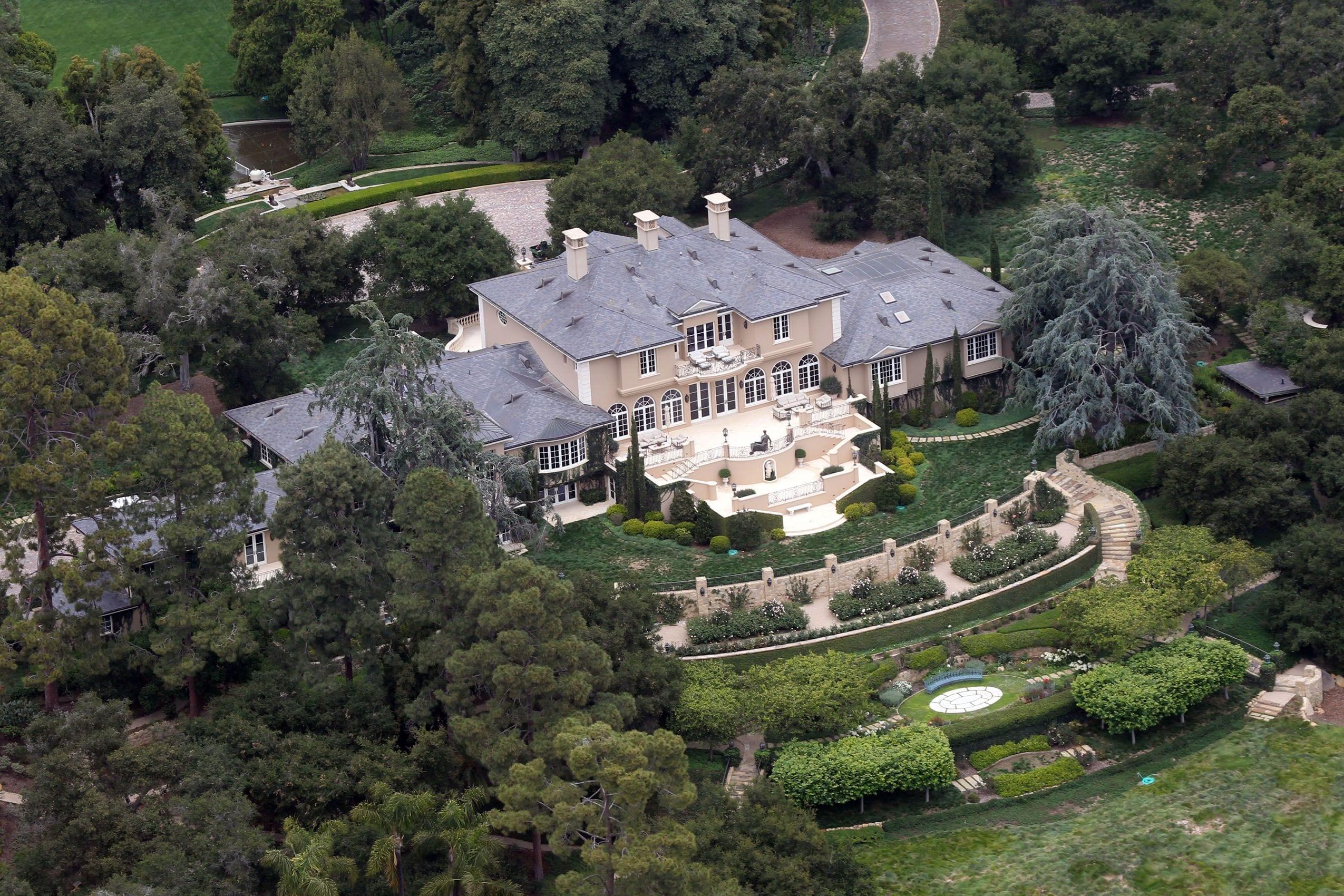 Oprah 2 - Cele mai scumpe proprietăţi imobiliare ale celebrităţilor de la Hollywood
