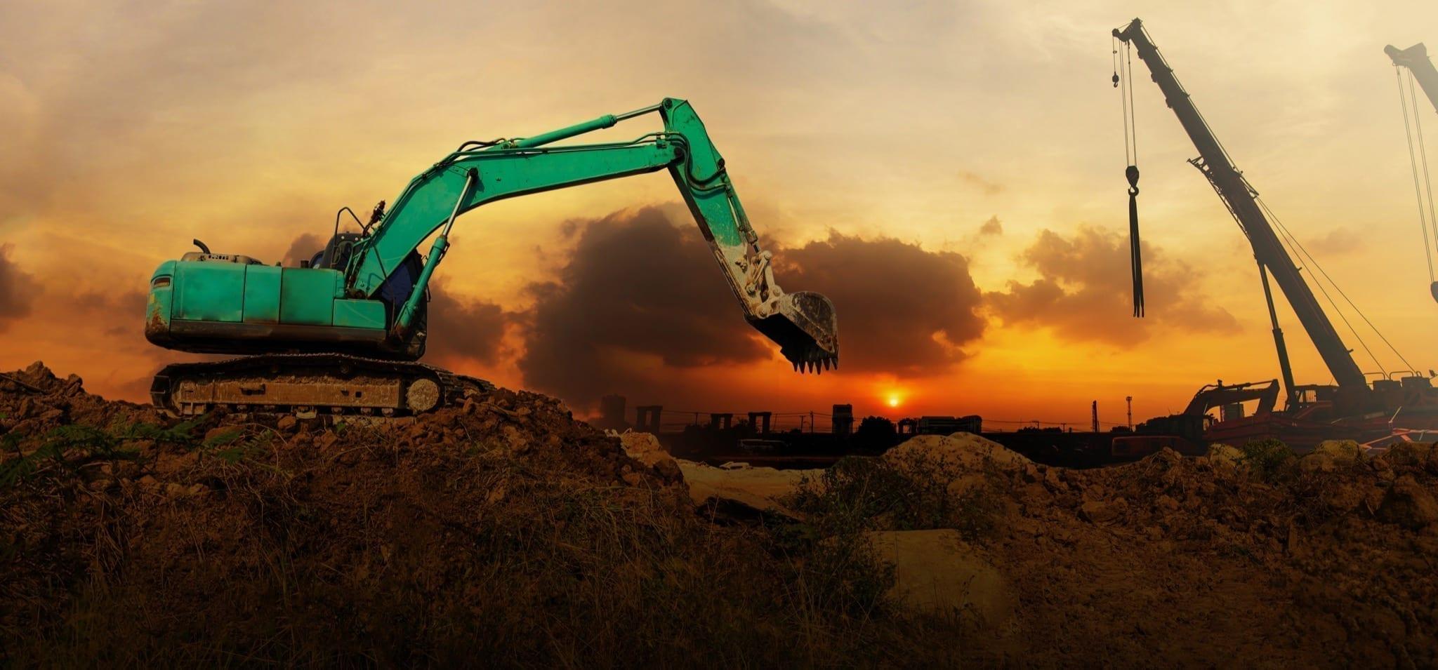 panorama excavator working construction site sunset copy - 2020: test de încredere pentru dezvoltatorii autohtoni | Analiză