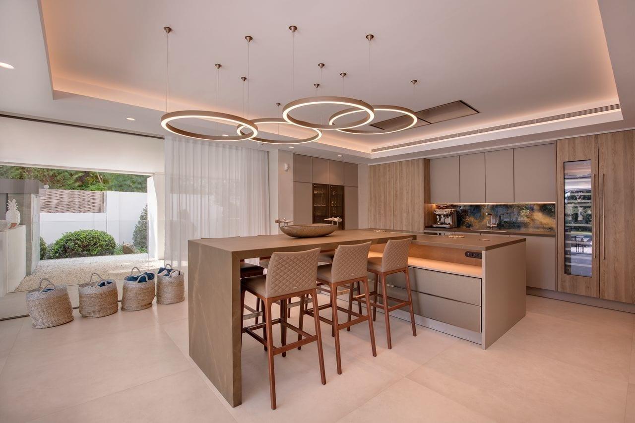 vila1 - O vilă somptuoasă din Marbella, chirie de 85.000 de euro pe săptămână