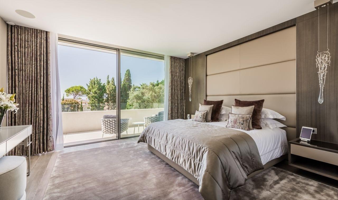 vila2 - O vilă somptuoasă din Marbella, chirie de 85.000 de euro pe săptămână